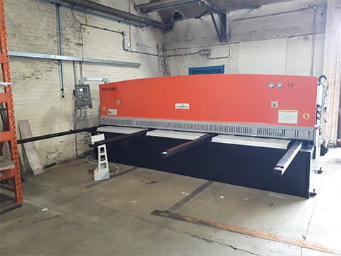 4m 6mm Guillotine in Glasgow